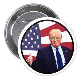 Donald Trump: Trilateral Trump 7.5 Cm Round Badge