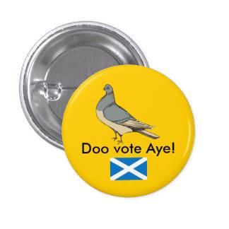 Doo Vote Aye Scotland Pigeon Pinback 3 Cm Round Badge