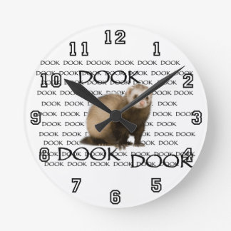 dooking ferret round clock