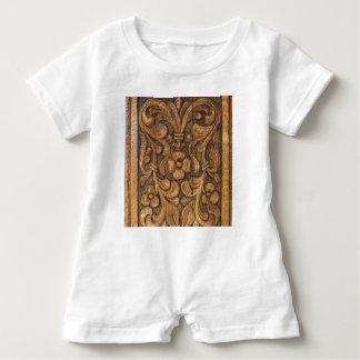 door patern baby bodysuit