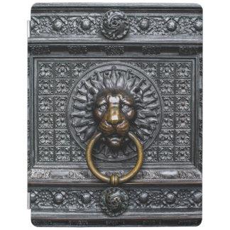 Doorknocker Lion - Black / Gold iPad Cover