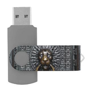 Doorknocker Lion - Black / Gold USB Flash Drive