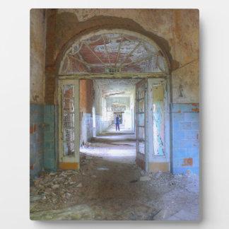 Doors and Corridors 03.0, Lost Places, Beelitz Plaque