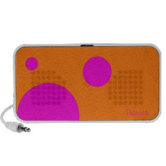 dots iPod speaker