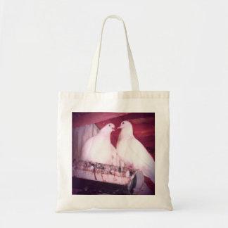Dov'e L' Amore Canvas Bags
