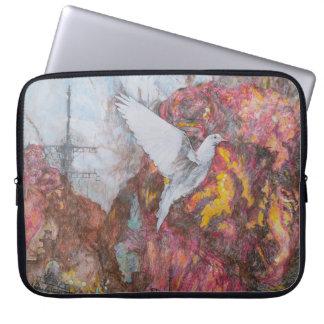 "'Dove of Peace' Neoprene Laptop Sleeve 15"""