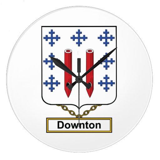 Downton Family Crest Wallclock