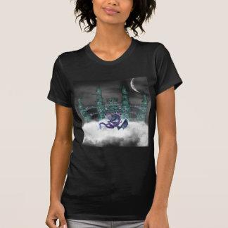 Dragon Guarding Castle  Ladies T-Shirt
