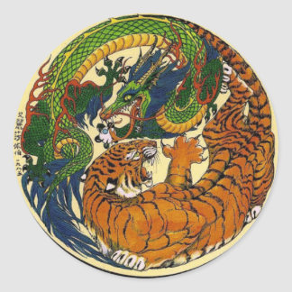 DRAGON TIGER GREEN CLASSIC ROUND STICKER