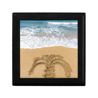 Drawing of palm tree on sandy beach gift box
