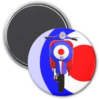 Drawn Scooter on half mod target Magnet