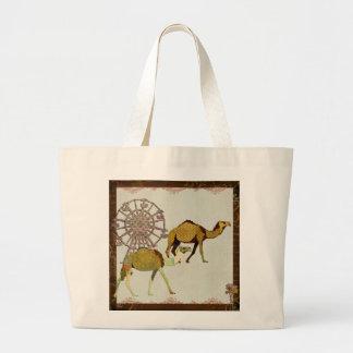 Dreamy Camels II Bag