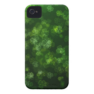 Dreamy Shamrocks Abstract iPhone 4 Case