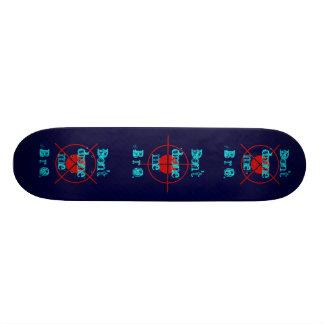 drones 20.6 cm skateboard deck