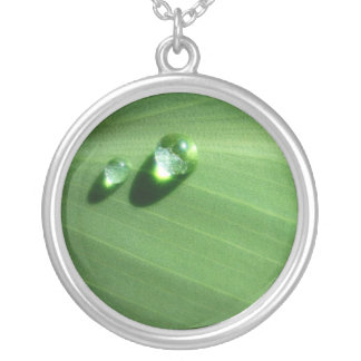 droplets round pendant necklace
