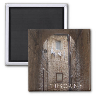 Drying laundry in Tuscany text magnet