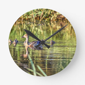 DUCK IN WATER AUSTRALIA ART EFFECTS ROUND CLOCK