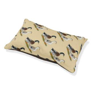Ducks:  Silver Appleyard Pet Bed