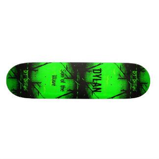 DYLAN Skateboard