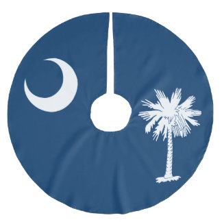Dynamic South Carolina State Flag Graphic on a Brushed Polyester Tree Skirt