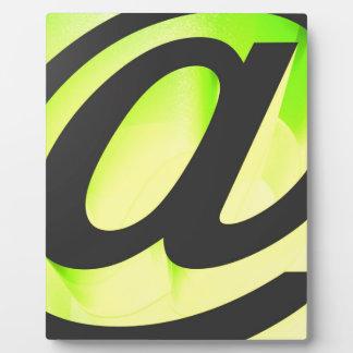 E-mail icon plaque