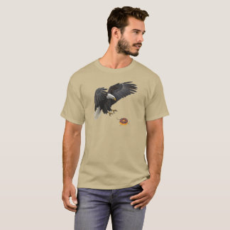 Eagle attacks doughnut T-Shirt