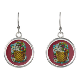Earrings with vintage cat motive with flowers