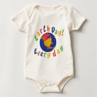 Earth Day Everyday Baby Baby Bodysuit