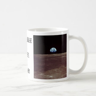 EARTHRISE OVER LUNA! COFFEE MUG