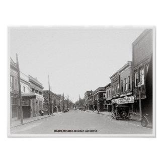 East Main Street-McMinnville, Tennessee circi 1930 Poster