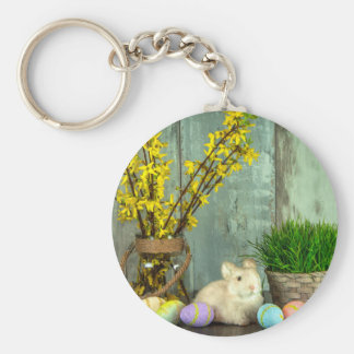Easter Bunny and Egg Scene Basic Round Button Key Ring