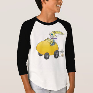 Easter bunny, driving an egg. T-Shirt