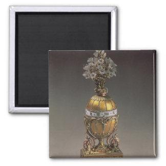 Easter Egg in the Form of a Vase Magnet