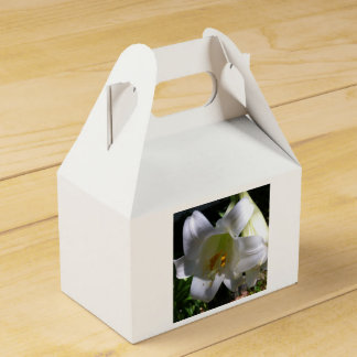 Easter Lily White Wedding Favour Box