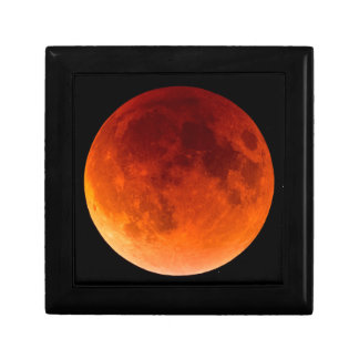 Eclipse of the Blood Moon Gift Box