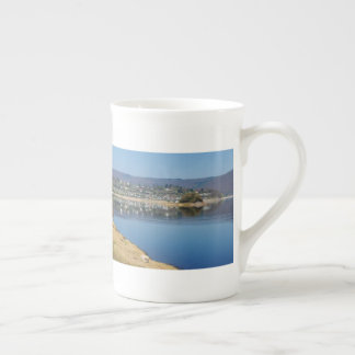 Edersee bay when bringing living tea cup
