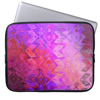 Edged momentum (magenta) laptop sleeve