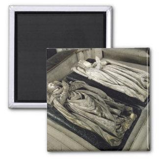 Effigies of Henri II  and Catherine de Medici Square Magnet