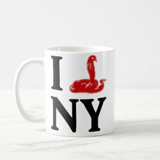 Egyptian Cobra escapes Bronx Mug