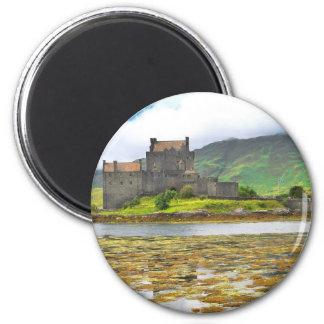 Eilean Donan Castle colour Magnet