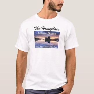 Eilean Donan –  Clans MacKenzie/MacRae T-Shirt