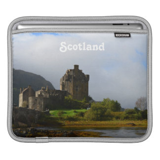Eileen Donan Castle in Early Autumn Sleeve For iPads