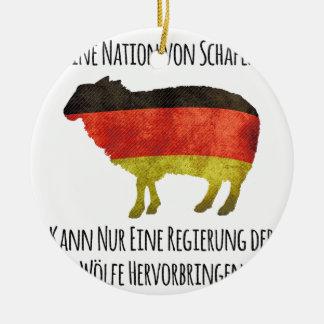 Eine Nation von Schafen kann nur eine Regierung .. Christmas Tree Ornament