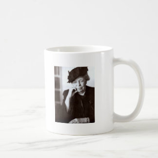 eleanor-roosevelt- No one can make Coffee Mug