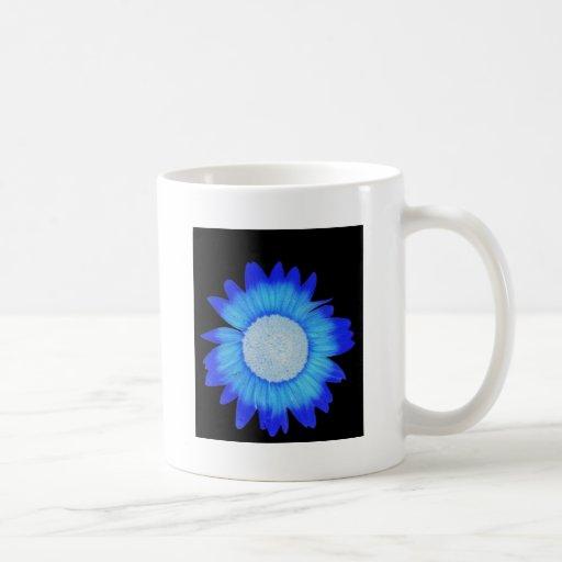 Electric blue flower design coffee mug