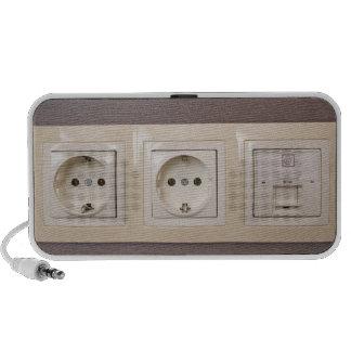Electric sockets Doodle Speaker