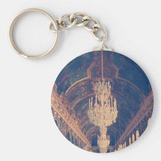 Elegant and vintage chandelier key ring