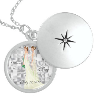 Elegant Bride and Bride Memory Necklace