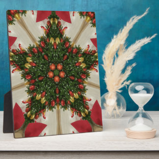 Elegant Christmas Wreath Red Green Kaleidoscopic Plaque
