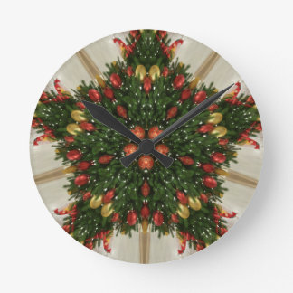 Elegant Christmas Wreath Red Green Kaleidoscopic Round Clock